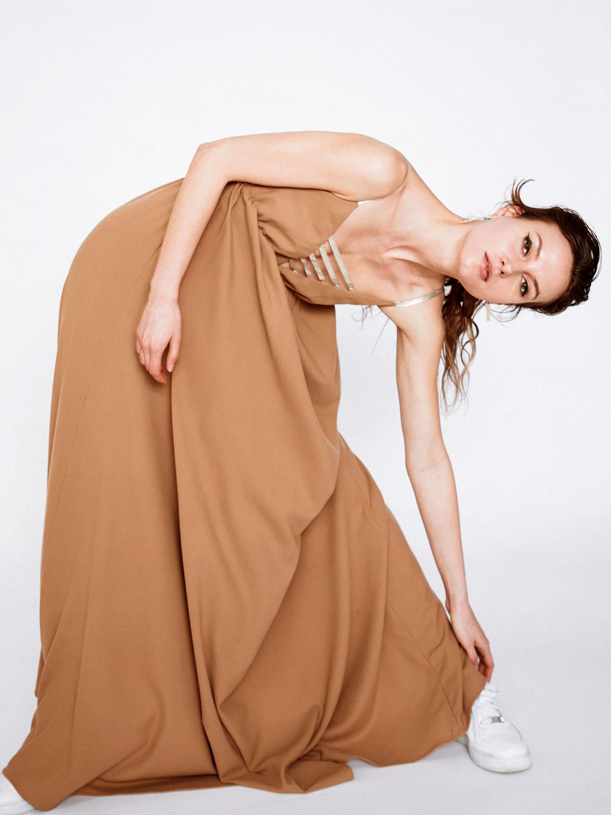 Robe invitee mariage longue moutarde jaune écoresponsable - Creatrice de mode éthique et bio a Paris - Myphilosophy