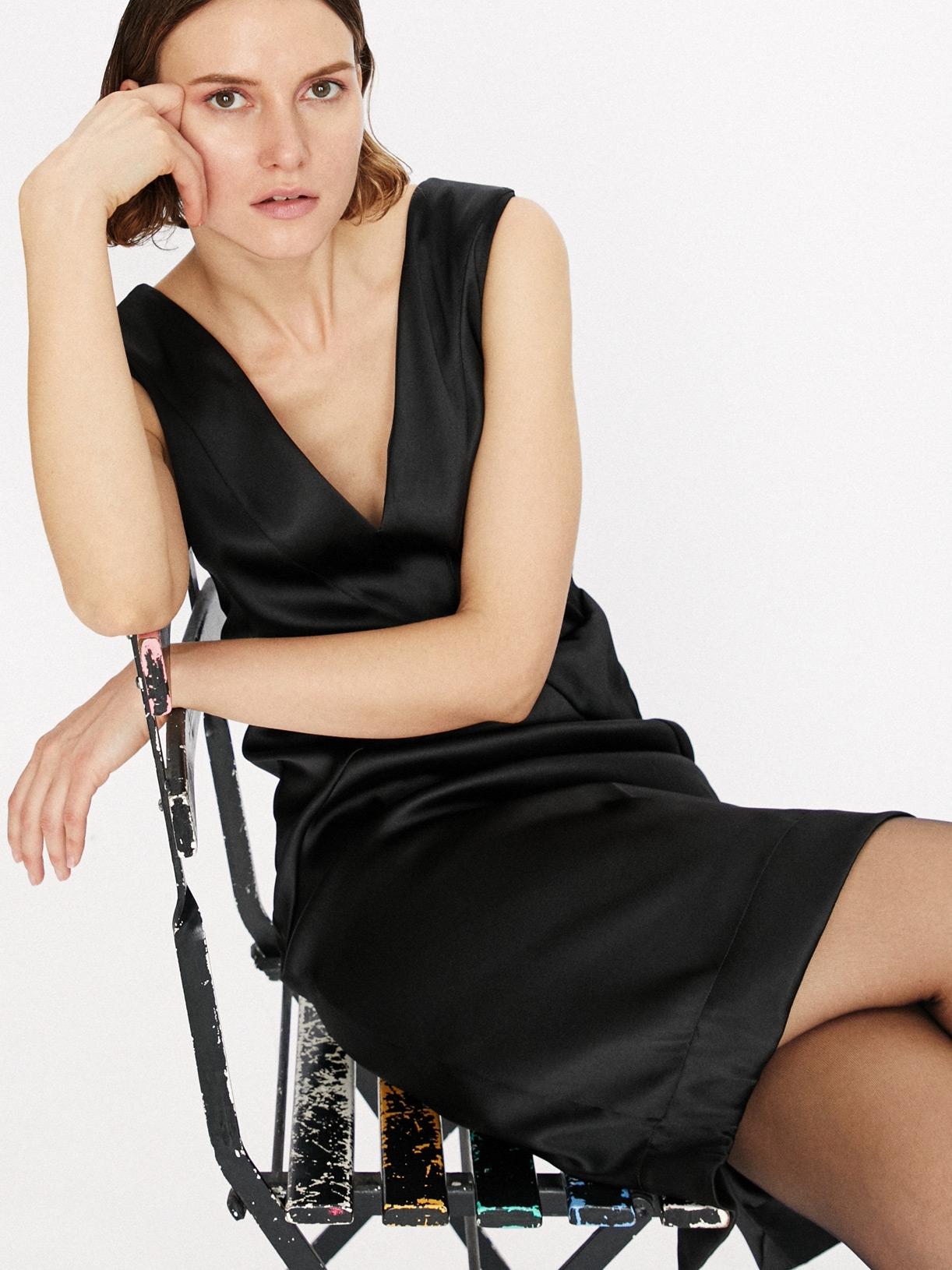 Robe de soirée fourreau noire écoresponsable - Creatrice de mode éthique et bio a Paris - Myphilosophy