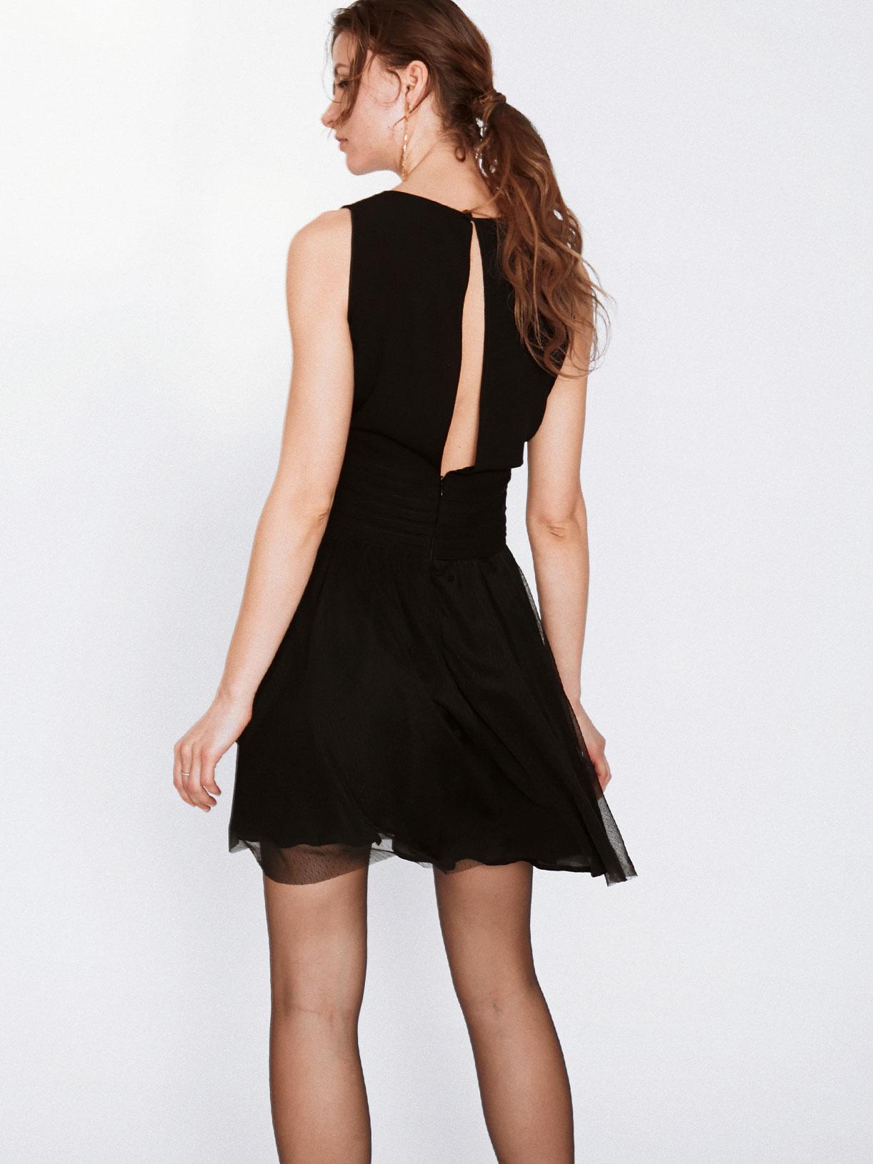 Robe courte décolleté en V noire de soirée écoresponsable - Creatrice de mode éthique et bio a Paris - Myphilosophy