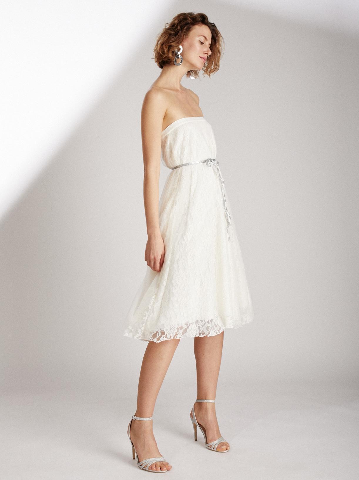 Robe de mariée bustier en dentelle écoresponsable - Creatrice de robe de mariée éthique et bio a Paris - Myphilosophy