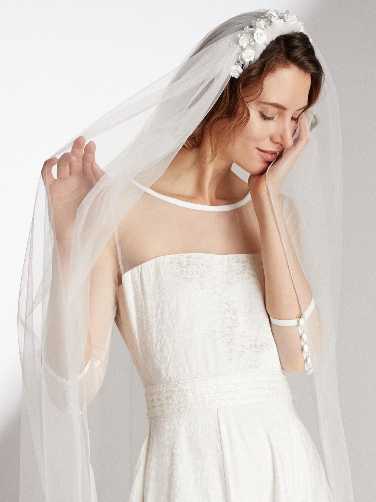 Voile de mariée éthique et sur-mesure avec couronne de fleurs Floriane - Myphilosophy