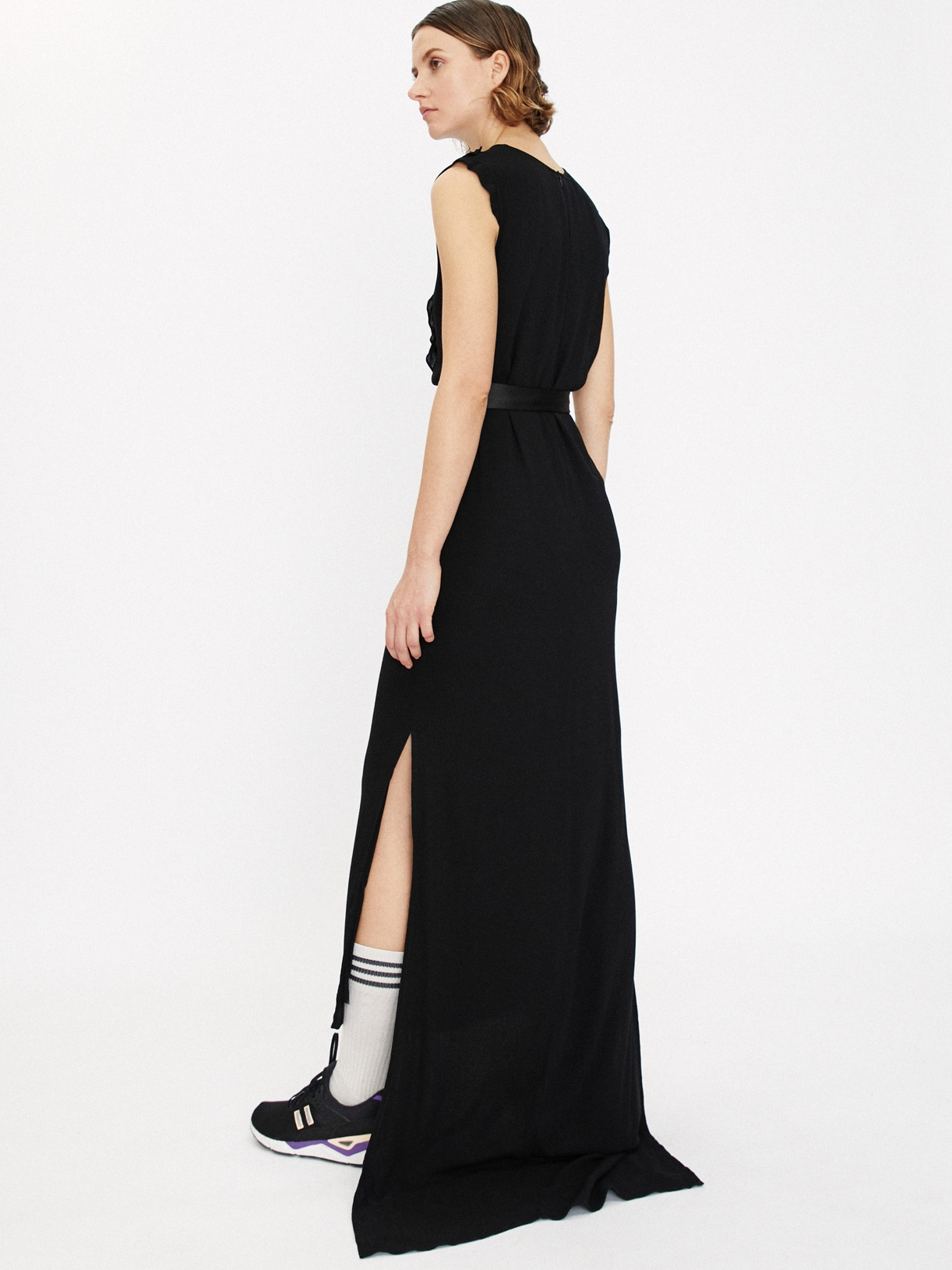 Robe de soirée fourreau noire longue et fendue éthique et sur-mesure CHLOÉ - Myphilosophy