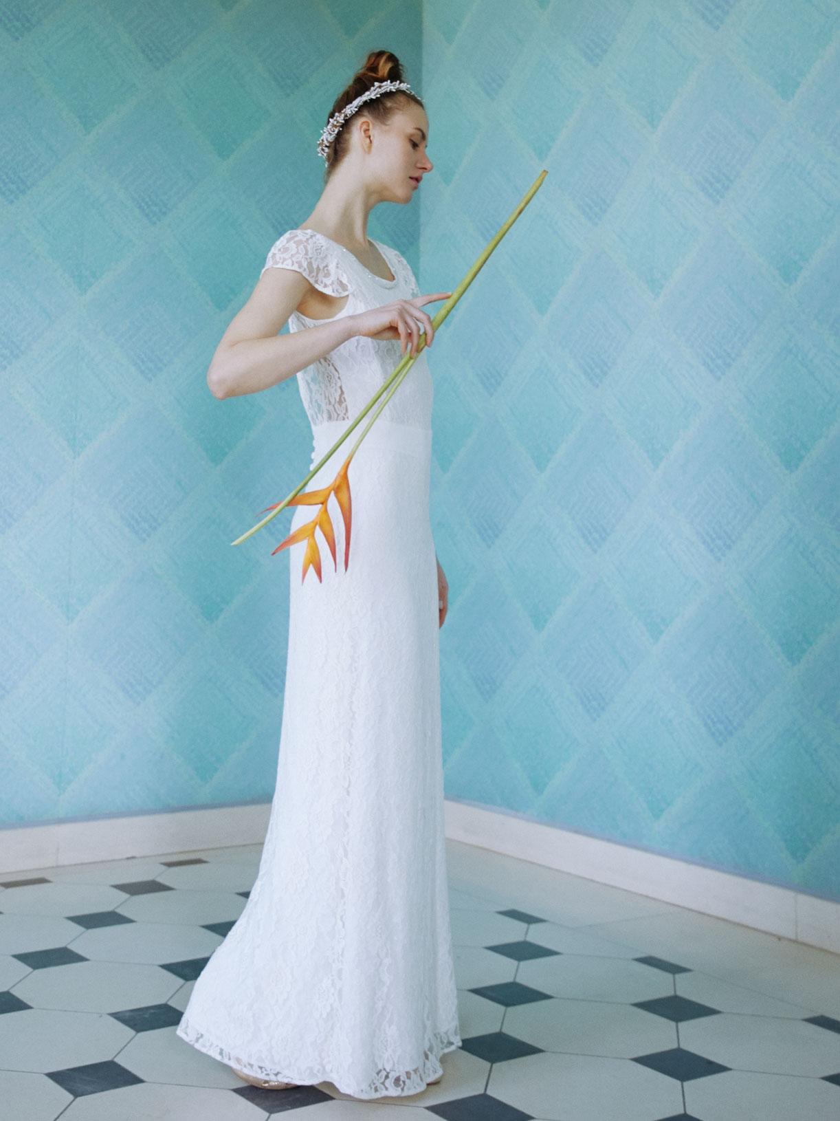 LOUISE - Robe de mariée sirène avec dos-nu en dentelle - Créatrice de robes de mariée sur-mesure éthique et bio sur Paris - Myphilosophy